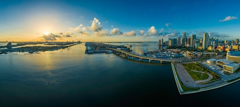 A short introduction to some of the best places to live in Miami.