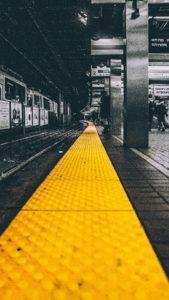 subway yellow line