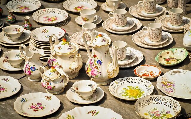 Porcelain Coffee Service - Guide to storing collectibles