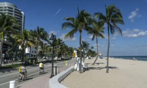 Fort Lauderdale is also one of the quiet places in Florida retirees will love.