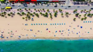 Beach and ocean in Florida as one of 5 things Ohioans need to know before moving to Florida