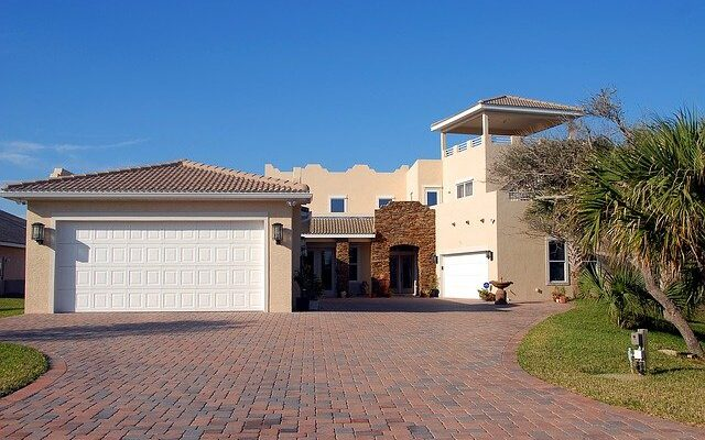 Home in one of the most luxurious neighborhoods in Florida.