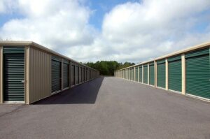 Storage spaces. If you want to rent one, learn what are the traits of a good storage space.